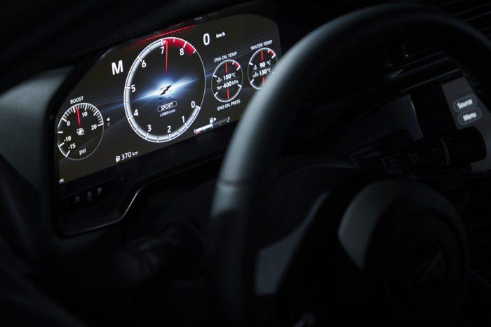 新型日産フェアレディZ 12.3インチ液晶メーター
